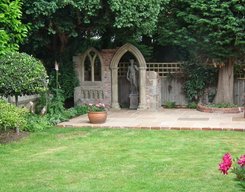 A bit of folly holley designs professional garden for Garden folly designs