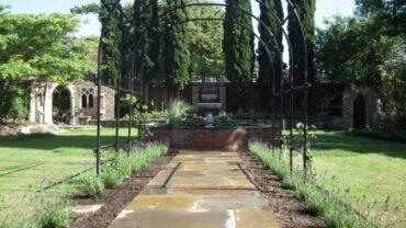 Classic Victorian Garden